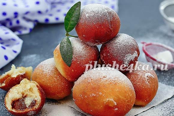 Жареные пончики со сгущенкой