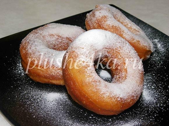 Жареные пончики из дрожжевого теста