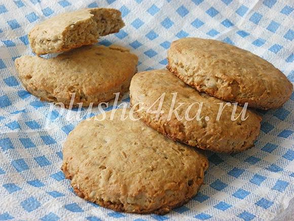 Овсяное печенье с семечками и отрубями