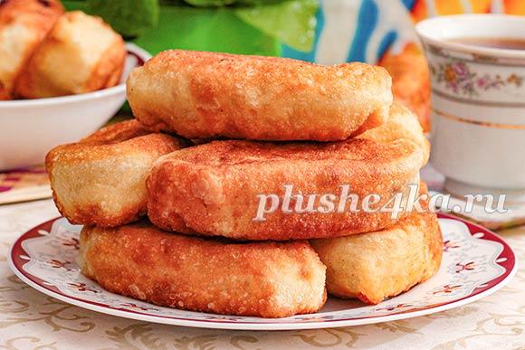 Дрожжевые пирожки, жареные на сковороде