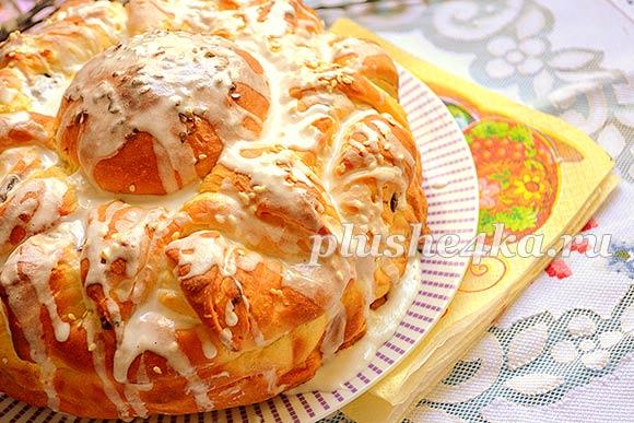 Пасхальный пирог в виде цветка