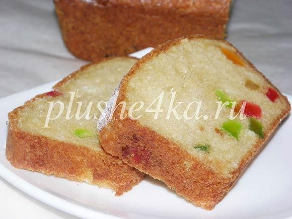 Творожный кекс с цукатами, приготовленный в духовке