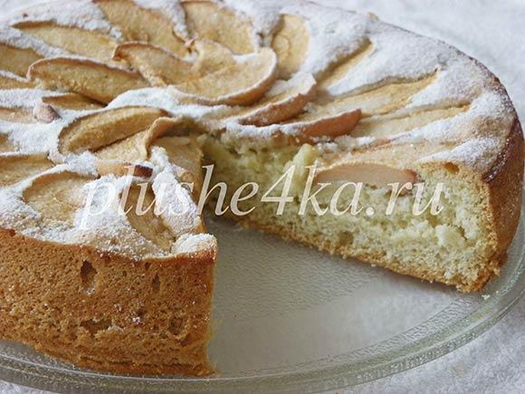 Пирог «Пятиминутка» с яблоками