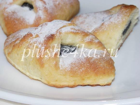 Печенье с черносливом из творожного теста