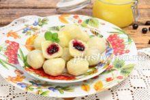 Ленивые вареники с ягодами