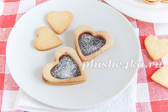 Печенье «Сердечки» с джемом