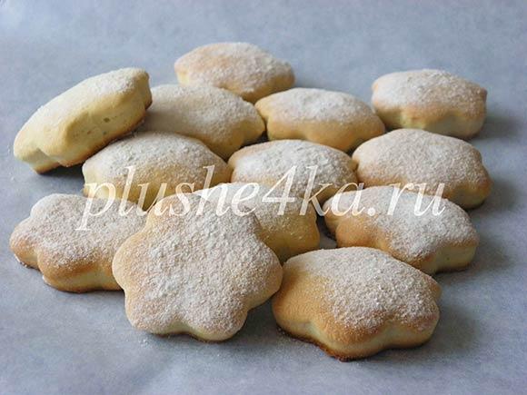 Мягкое песочное печенье на сметане