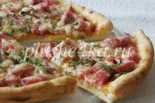Пицца на сметане, приготовленная в духовке