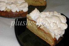 Пирог на майонезе и сметане с яблоками