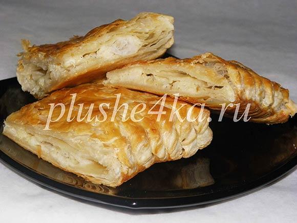 Пирог с рыбой из слоеного теста