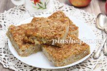 Простой пирог с тыквой и яблоками на кефире