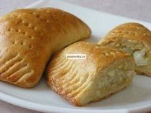 Пирожки из теста на сметане без дрожжей